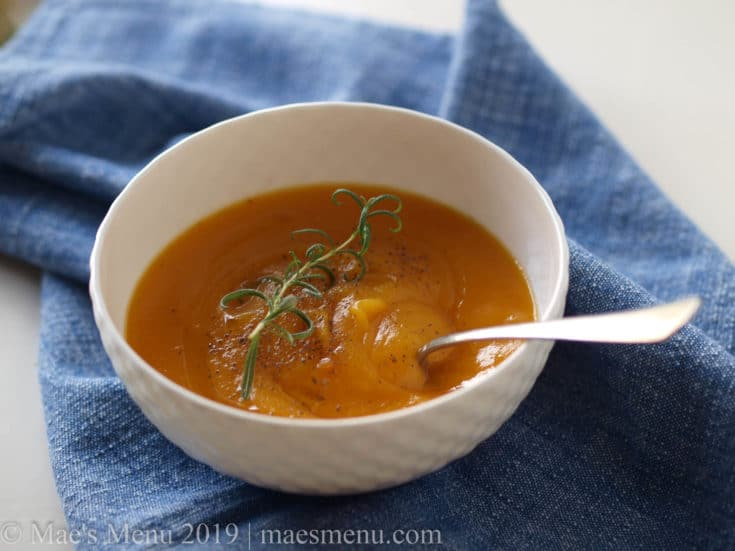 A bowl of easy vegan butternust squash soup.