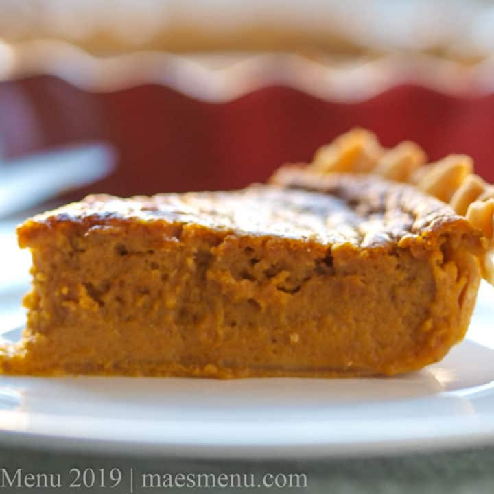 Pumpkin pie without evaporated milk (gluten-free & dairy-free!)